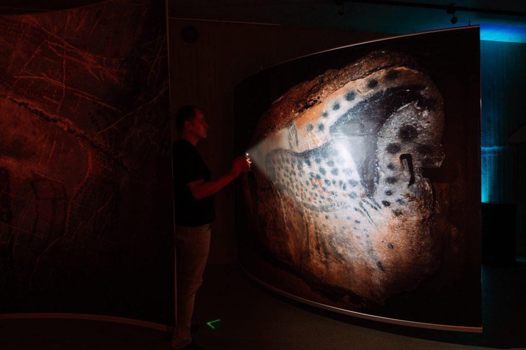 Leider beendet: Bilder im Dunkeln - Eiszeitliche Höhlenmalerei 2